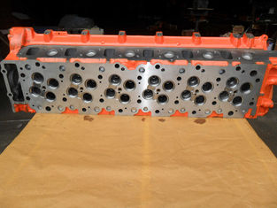China Casting Iron Auto Engine Parts / 6HK1 Cylinder Head Isuzu 8943924499 supplier